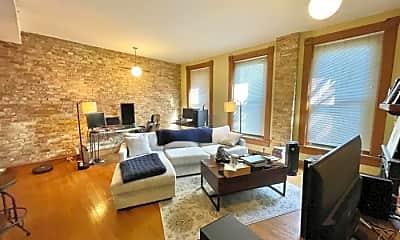 Living Room, 2306 N Lincoln Ave, 0