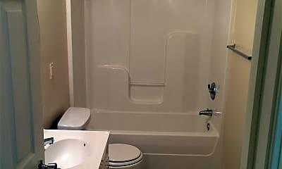 Bathroom, 1241 N 10th St, 2