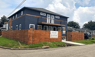Building, 3801 Anita St, 1