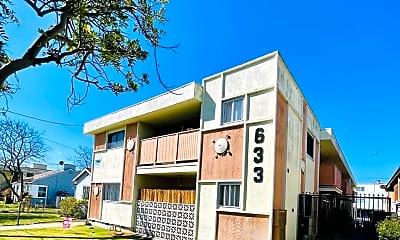 Building, 633 Walnut St, 0