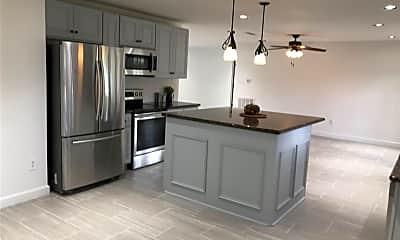 Kitchen, 6019 Claridge Drive, 1