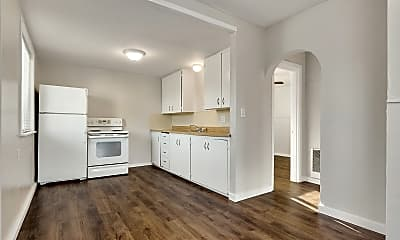 Kitchen, 1902 25th St, 1