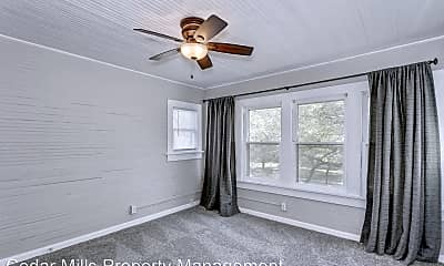 Bedroom, 1800 W University St, 1