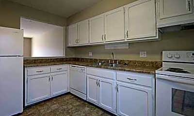 Whispering Pines Townhomes, 1