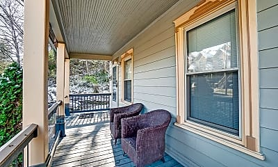Patio / Deck, 2543 Cleinview Ave 2, 1