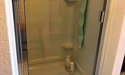 Bathroom, 11134 Hillside Creek Dr, 2