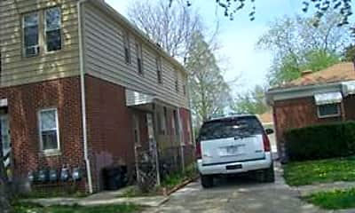 Building, 586 Park Ave, 0