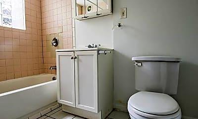 Bathroom, 7151 S Indiana Ave, 2
