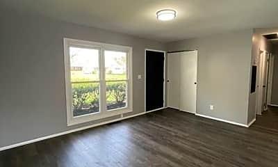 Living Room, 4117 Ural Ave, 1