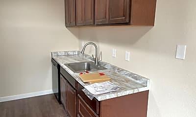 Kitchen, 1253 N Garrison Rd, 2