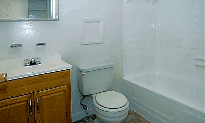 Bathroom, 4312 Seminole Ave, 2