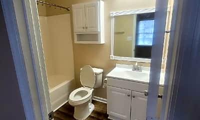 Bathroom, 1083 W Pueblo Dr, 2