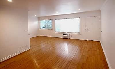 Living Room, 2027 Preuss Rd 3, 1