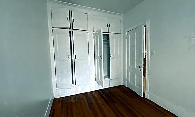 Living Room, 11 Hague St, 2