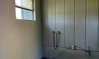 Bathroom, 2410 Old Vineland Rd, 2
