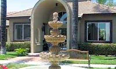 Fountains Apartments, 0