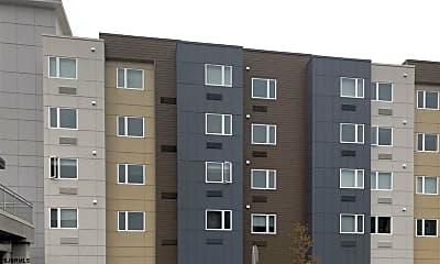 Building, 600 Atlantic Ave, 2