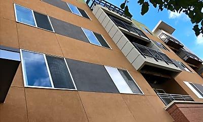 Max Flats Apartments, 0