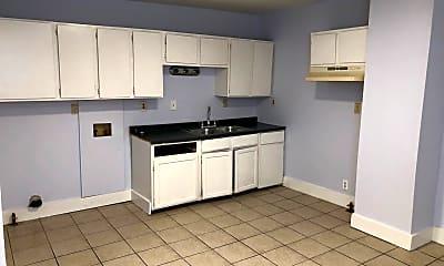 Kitchen, 522 N 29th St, 2
