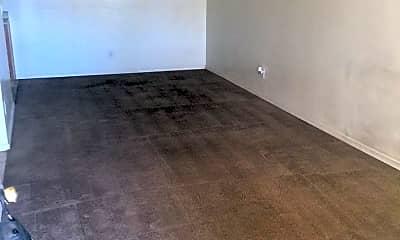 Living Room, 455 W Kelso St, 1
