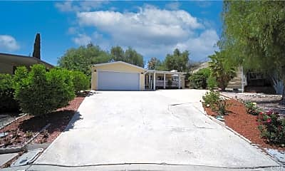 Building, 29921 Via Magnolia, 1
