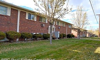 Building, 5381 S Delaware St, 1