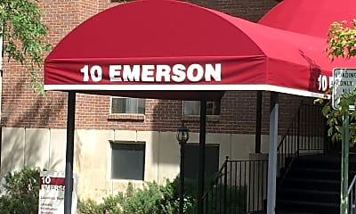 Ten Emerson, 1