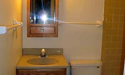 Bathroom, 22 Langdon St, 2