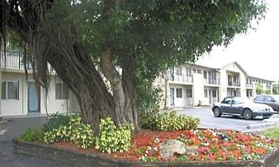 Parkcrest Apartments, 1