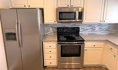 Kitchen, 23386 Caminito Andreta, 2