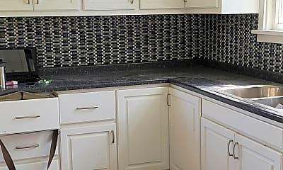 Kitchen, 514 Mather St, 2