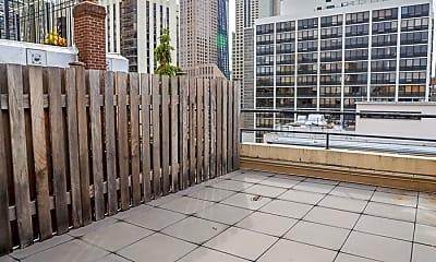 Patio / Deck, 40 E Cedar St, 1