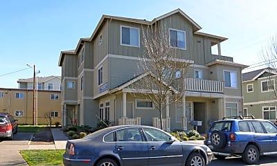 Building, 1435 Patterson, 2