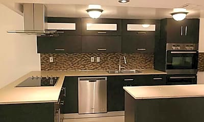 Kitchen, 20441 W Country Club Dr, 1