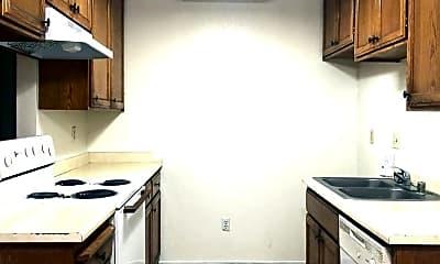 Kitchen, 1180 Kenwood Ave, 0