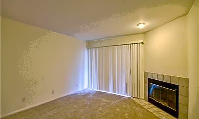 Living Room, 42140 Lyndie Ln 7, 1