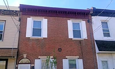 Building, 2650 Livingston St, 1