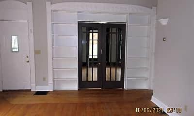 Living Room, 725 Prospect Ave SE, 1