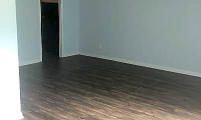Living Room, 4301 Bream Rd, 2