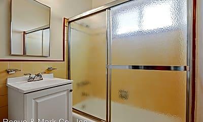 Bathroom, 500 California Ave, 2