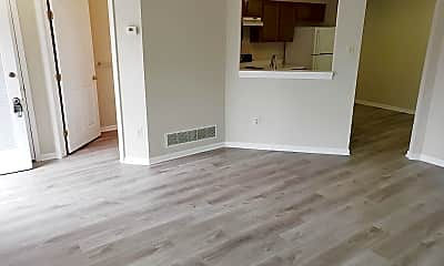 Living Room, 5305 Regal Ct, 1