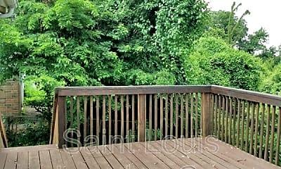 Patio / Deck, 819 Oak Dr, 2