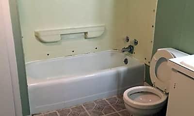 Bathroom, 1372 Pennsylvania Ave, 2