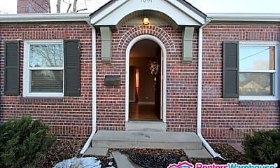 Building, 1691 Roslyn Street, 0