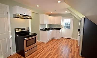 Kitchen, 32 Roundy St 2, 1