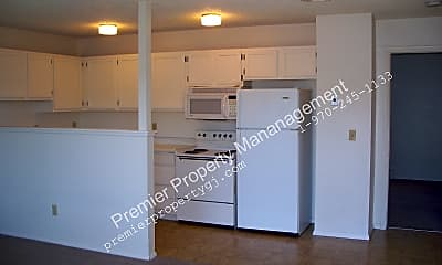 Kitchen, 1940 Grand Ave Apt 217, 1