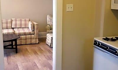 Living Room, 4008 Windsor St, 2