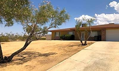 Building, 74071 Playa Vista Dr, 2