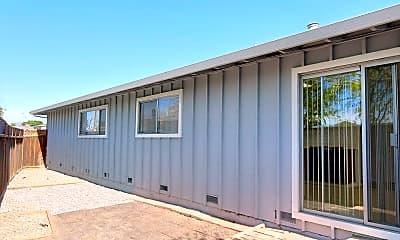 Building, 4432 Wessex Dr, 2