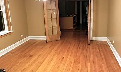 Living Room, 29 N Long Ave, 1